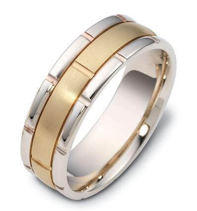 Carved & Engraved 18ct 1599000
