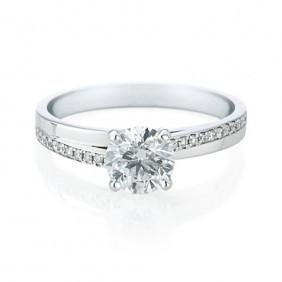 18ct White Gold 0.75cts Round Brilliant Cut Diamond Ring FJ0046