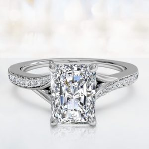 radiant-cut-engagement-ring-2afa42f20c2f71351f644339943d4105