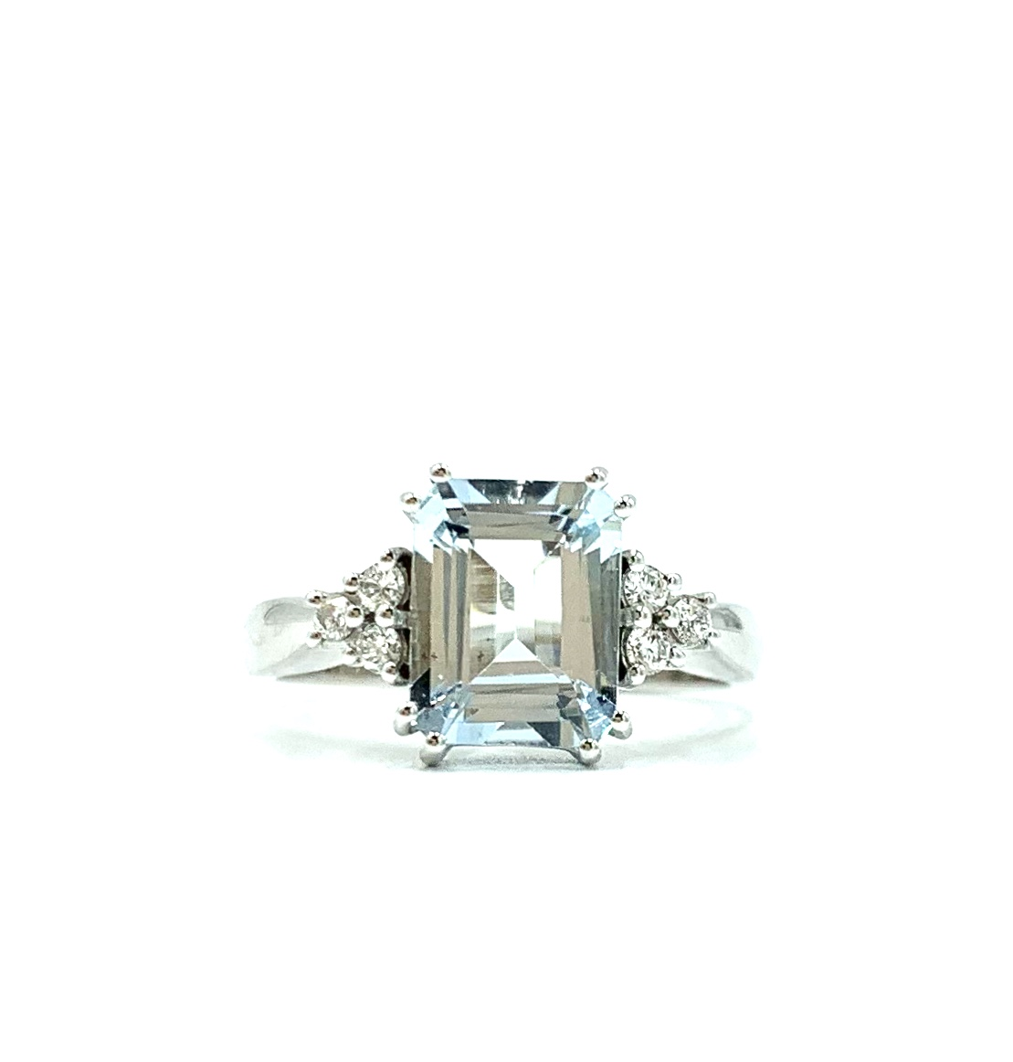 Gival 18ct White Gold
