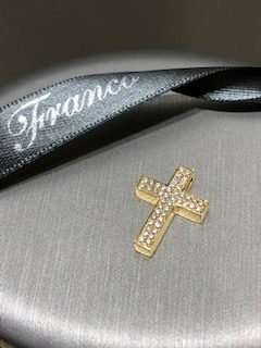 18ct yellow gold double pave diamond set squared cross pendant. AJ0.14