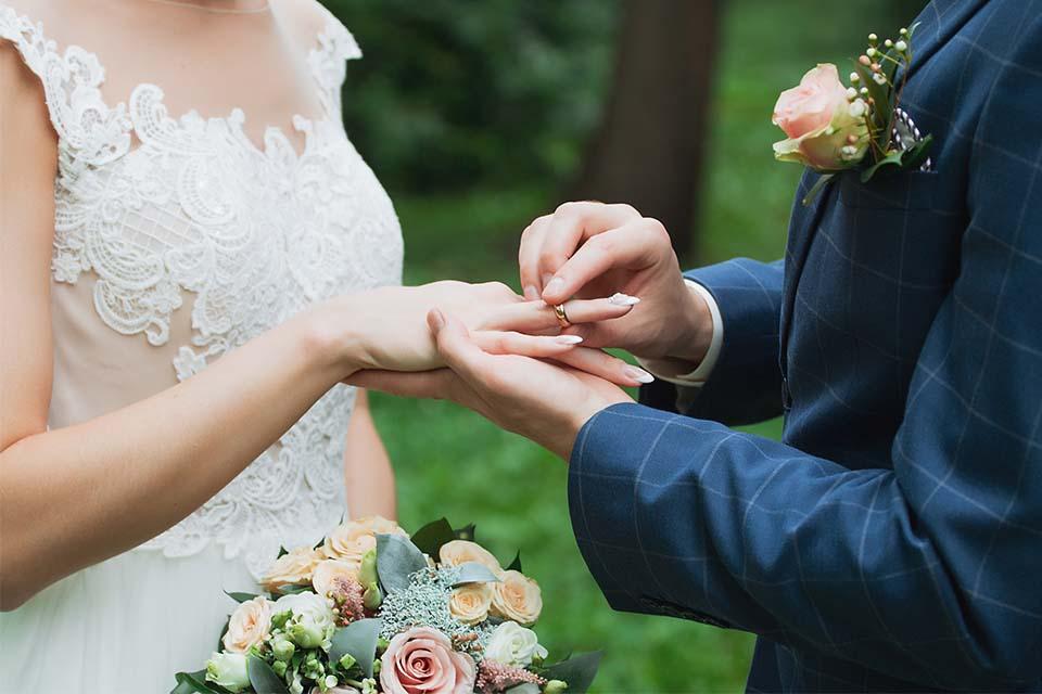 Dora wedding rings Melbourne
